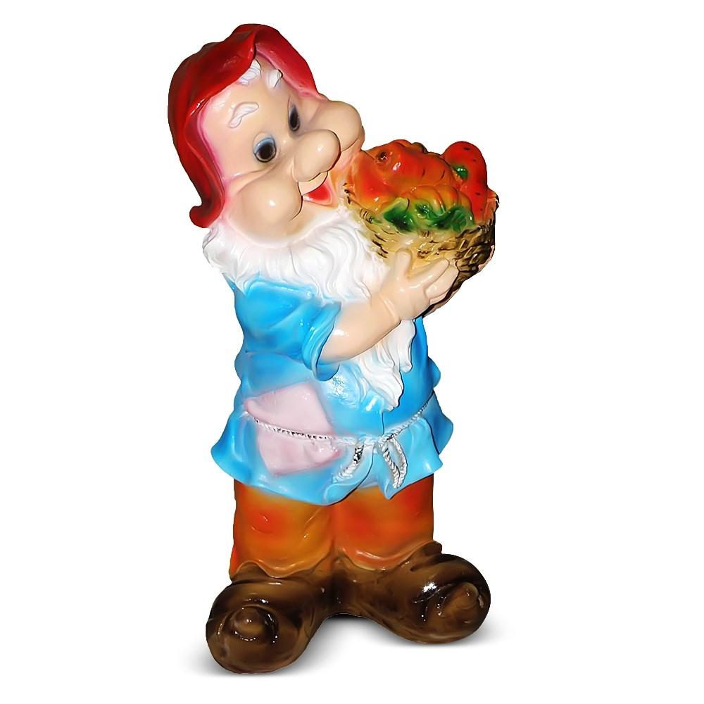 Садовая фигура Гном с овощями