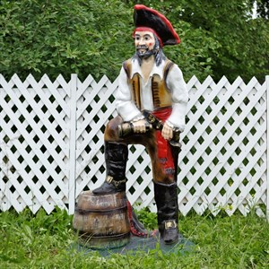 Фигура для сада пират