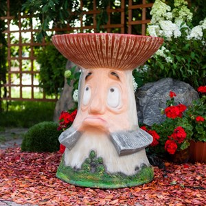 Детский столик гриб