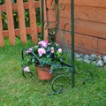 Кованая подставка под цветы - фото 15637