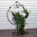 Посдставка для цветов садовая